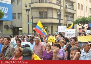2MarchaGye_contragobierno-Ecuadortimes-Ecuador news-Noticias de Ecuador