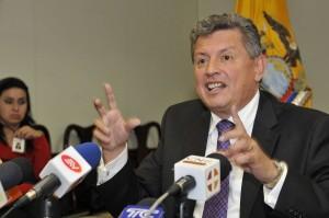 delgado-panamapapers-ecuadortimes-ecuadornews