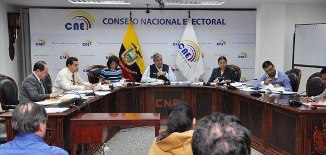 ELECIOES-ECUADORTIMES-ECUADORNEWS