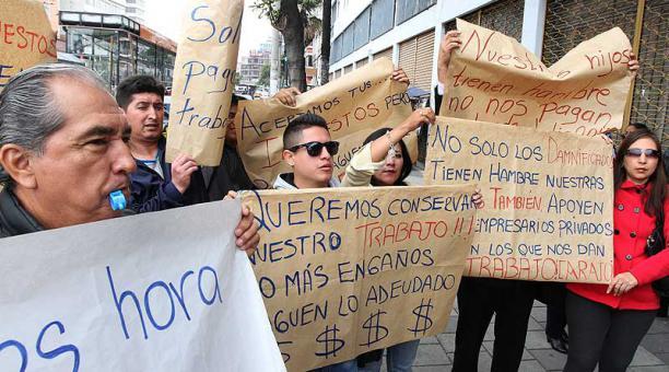 PLAZA DEUDA PUBLICA-ECUADORTIMES-ECUADORNEWS