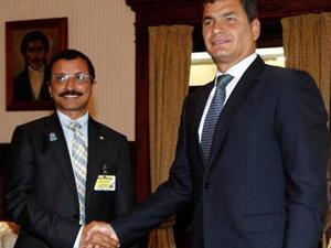 Sultan Ahmed Bin Sulayem y Rafael Correa