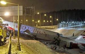Boenig 737 crashes in Russia