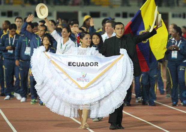 Integrantes-Ecuador-Bolivarianos-Trujillo-EFE_ECMIMA20131117_0117_4