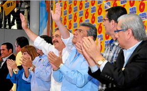Jaime Nebot goes for the re-election in Guayaquil