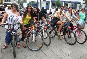 Guayaquil-women