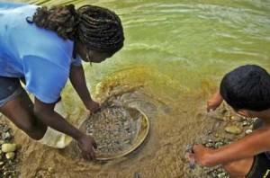 mineria-artesanal-agua-ecuador