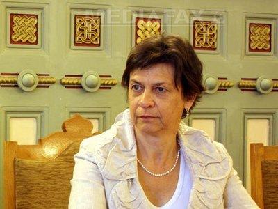 Tanya Van Gool
