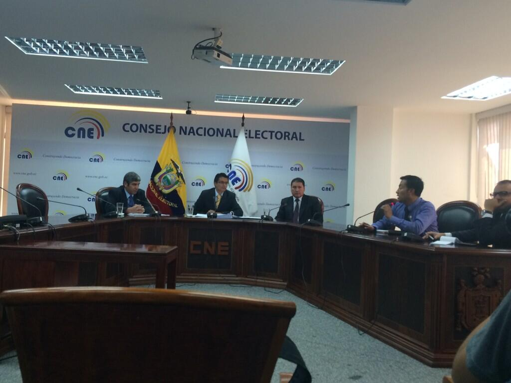 Press Conference at the CNE on the YASunidos' signature results.
