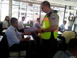 10-745-aspirantes-a-policias-rindieron-pruebas-de-ingreso-20120610084020-c1ad4bb79ca0b5cb65735528e87aaf61