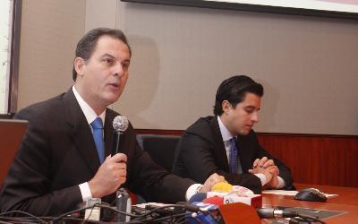 ECUADOR--Tres-bancos-renuevan-su-imagen-corporativa