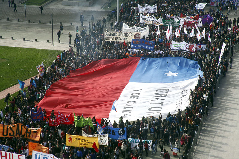 Thousands of Chilean students march against the education reform.