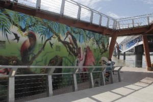 Puente en la rio Guayas