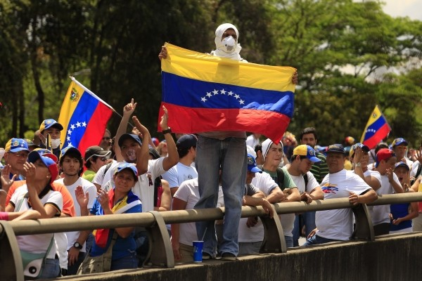 opositores-antichavistas-festejan-protestas-valencia