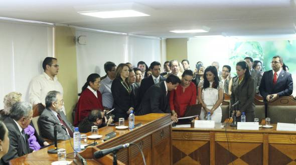 Last week the AP bloc of the National Assembly, went to the CC headquarters to deliver the first draft amendments.