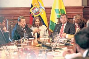 ecuador-reunion-san-vicente