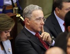 Uribe-acusa-medios-apoyar-terrorismo-Colombia
