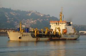 dragado-puerto-guayaquil