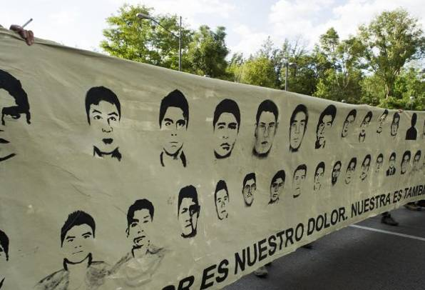 Mexico-padres-43-desaparecidos-denuncian-ineptitud-gobierno