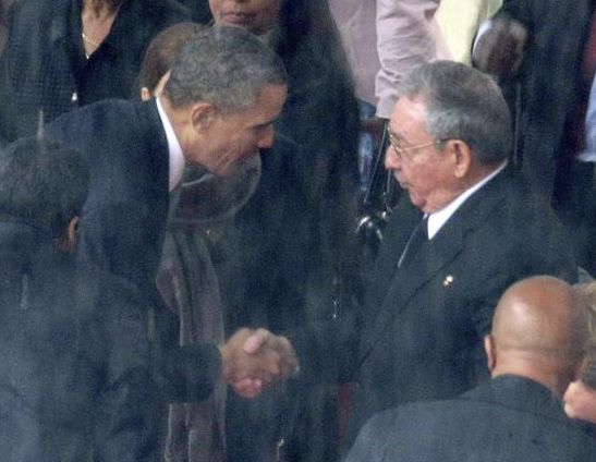 The presidents Barack Obama (US) and Raul Castro (Cuba).