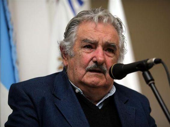 Mujica-Ley-Comunicacion-evitar-monopolios-oligopolios