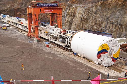 proyecto-coca-codo-sinclair-3000-millones-Estado