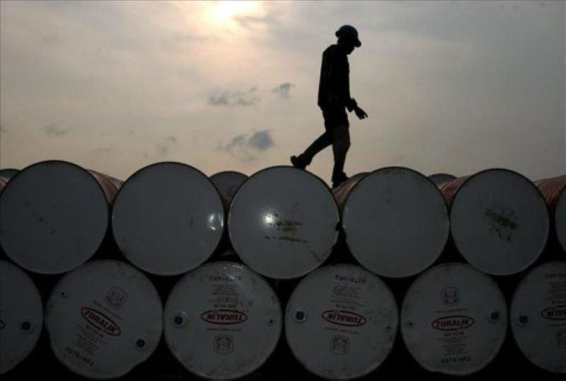 Expertos-precio-barril-petroleo-recuperacion-segundo-semestre