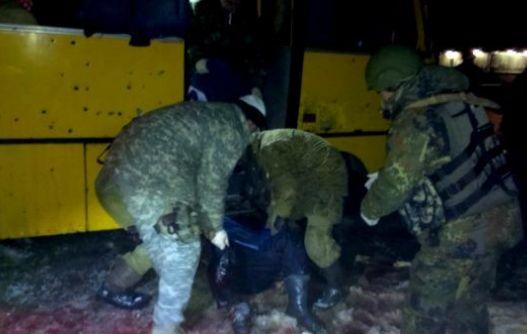 Ucrania-cohete-impacta-bus-11-civiles-muertos