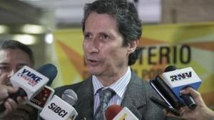 Carlos-Rosales-Asociacion-Venezolana-Clinicas_NACIMA20150206_0192_6
