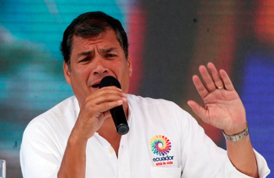 Correa-defiende-aplicacion-salvaguardias-Ecuador