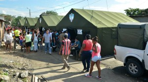 The Municipality will not withdraw the tents of social assistance until the government carries out its housing plan for the evicted families. (Source: El Universo)