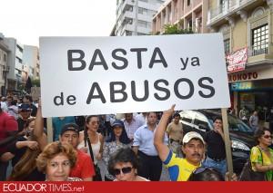 1MarchaGye_contragobierno-Ecuadortimes-Ecuador news-Noticias de Ecuador