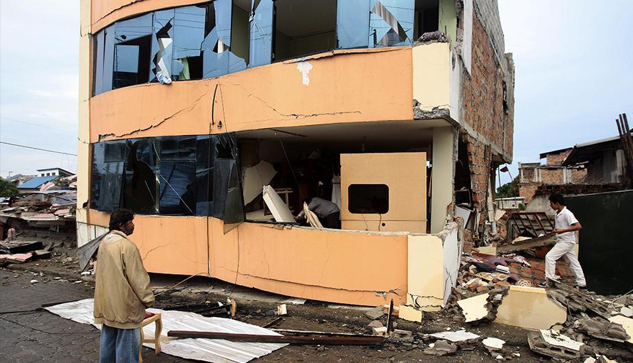 terremoto-ecuador- ASEGURADAS