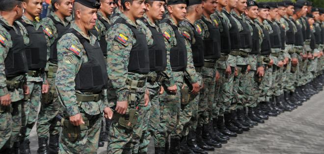 MILITARES_ECUADORTIMES