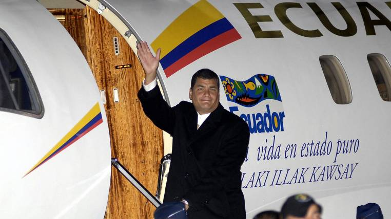 Rafael Correa must answer for 9 million dollars for misusing the State Aircrafts
